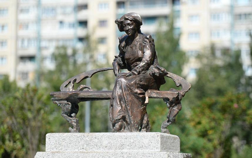 памятник в Санкт-Петербурге