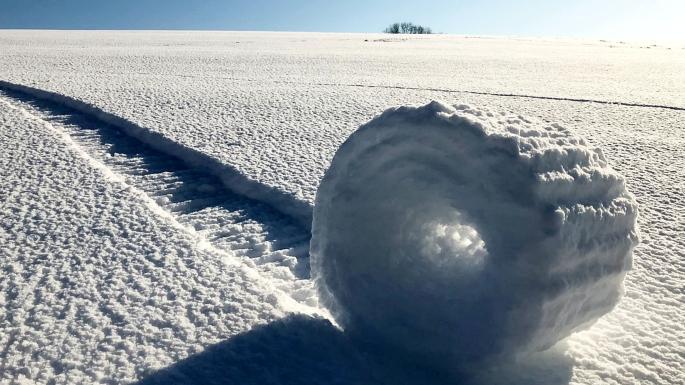 Снежные рулоны. Фото: Брайан Бэйлисс